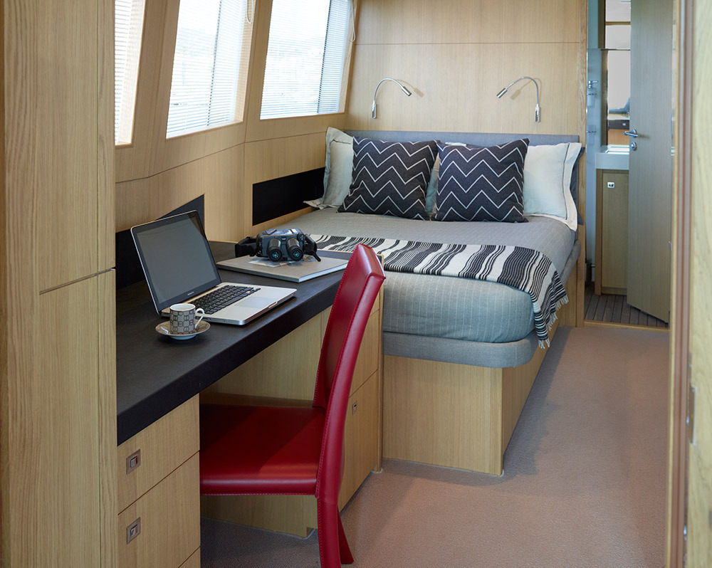 Motor Yacht IMPERIAL PRINCESS BEATRICE By Sunseeker - Captain's Cabin