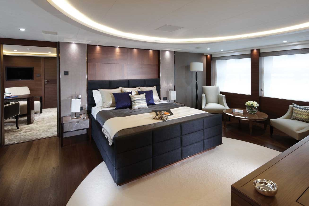 Motor Yacht IMPERIAL PRINCESS BEATRICE By Sunseeker - Master Suite