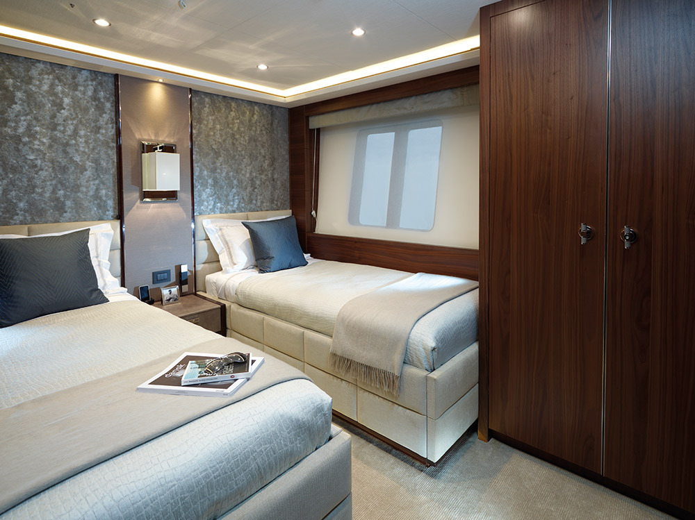 Motor Yacht IMPERIAL PRINCESS BEATRICE By Sunseeker - Twin
