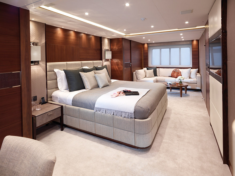 Motor Yacht IMPERIAL PRINCESS BEATRICE By Sunseeker - VIP Suite