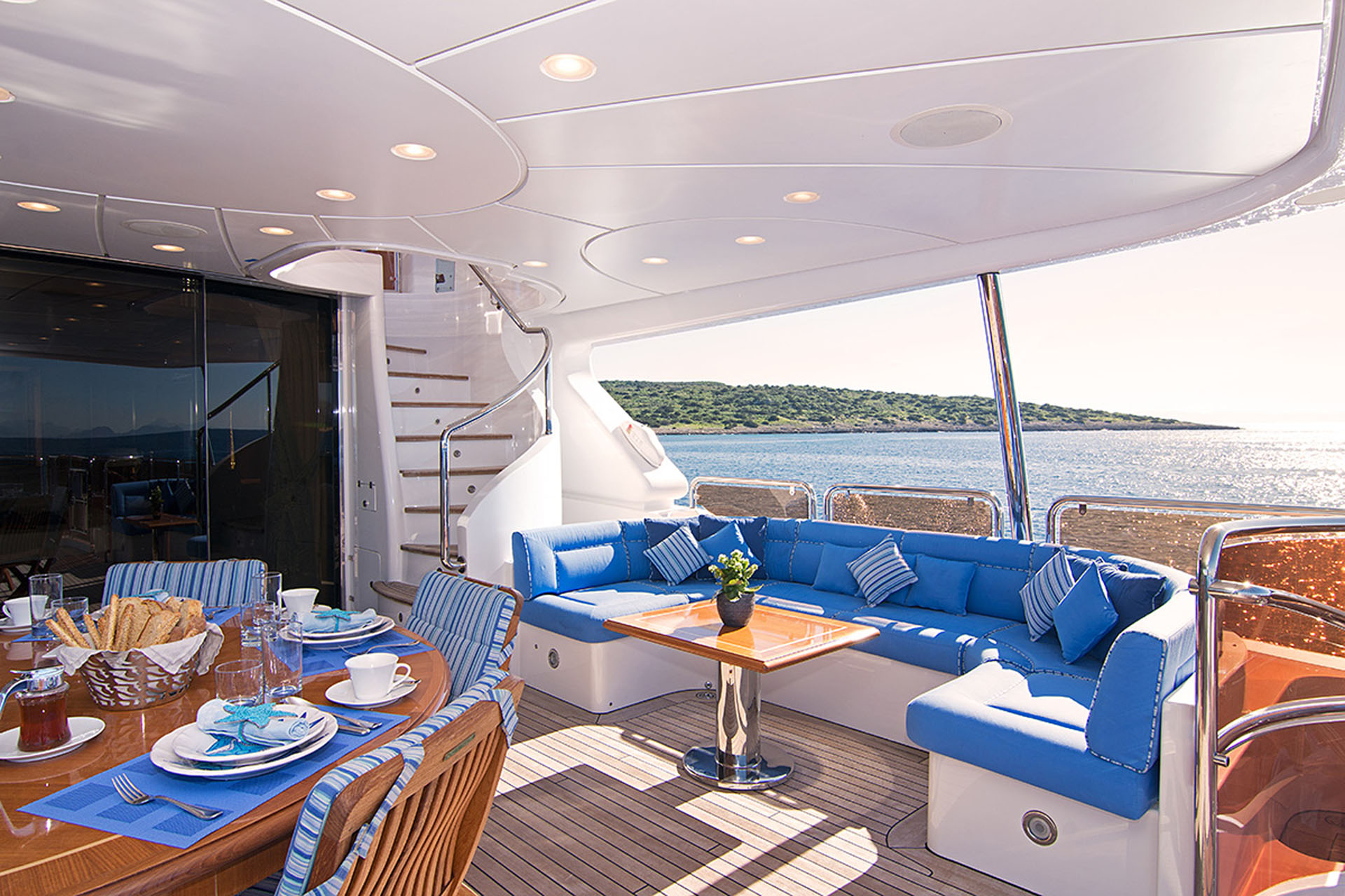 Aft Deck Exterior Dining And Seating