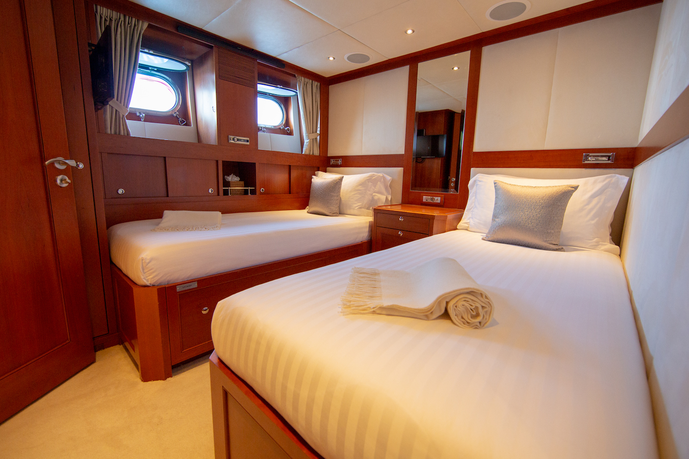 Aft Port Twin Cabin