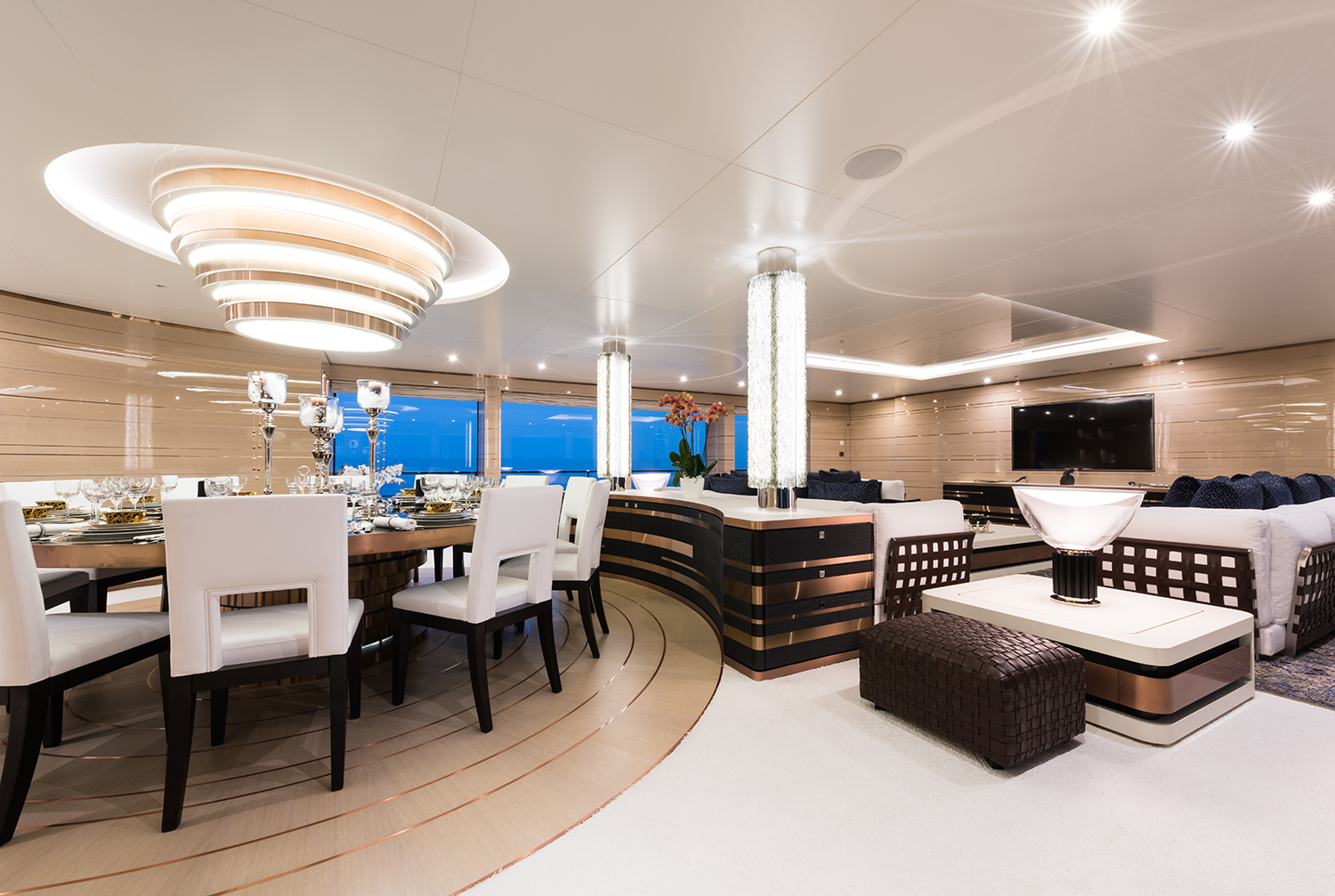 Main Saloon With Dining And Lounging Area