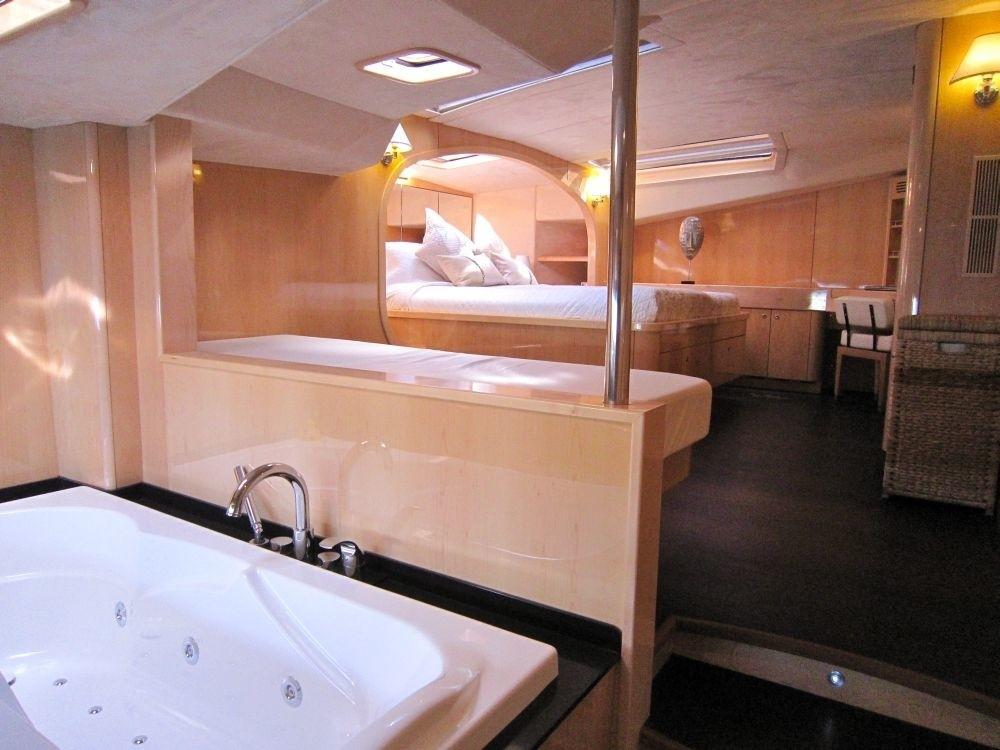 The 23m Yacht CATTITUDE