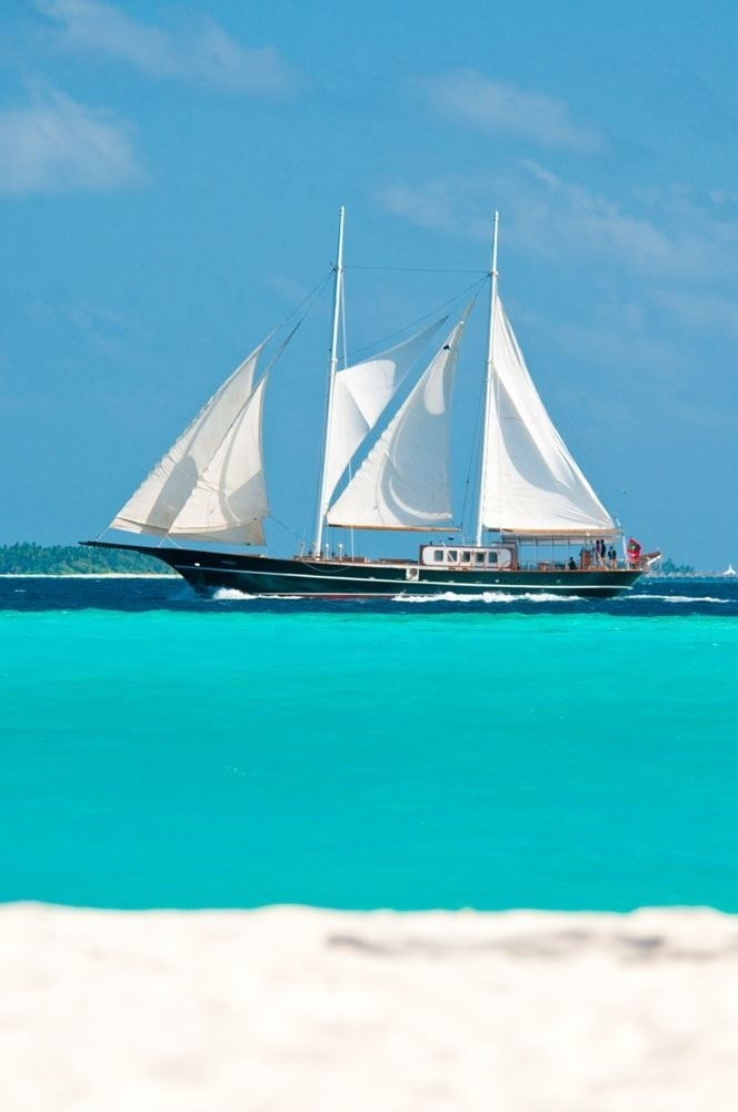 The 29m Yacht DREAM VOYAGER