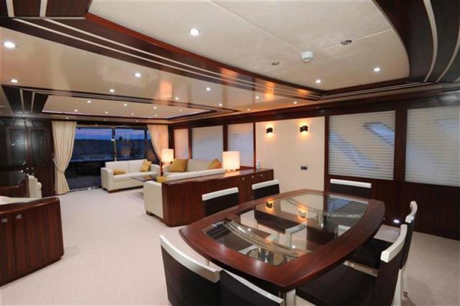 The 30m Yacht BLUE SAPPHIRE