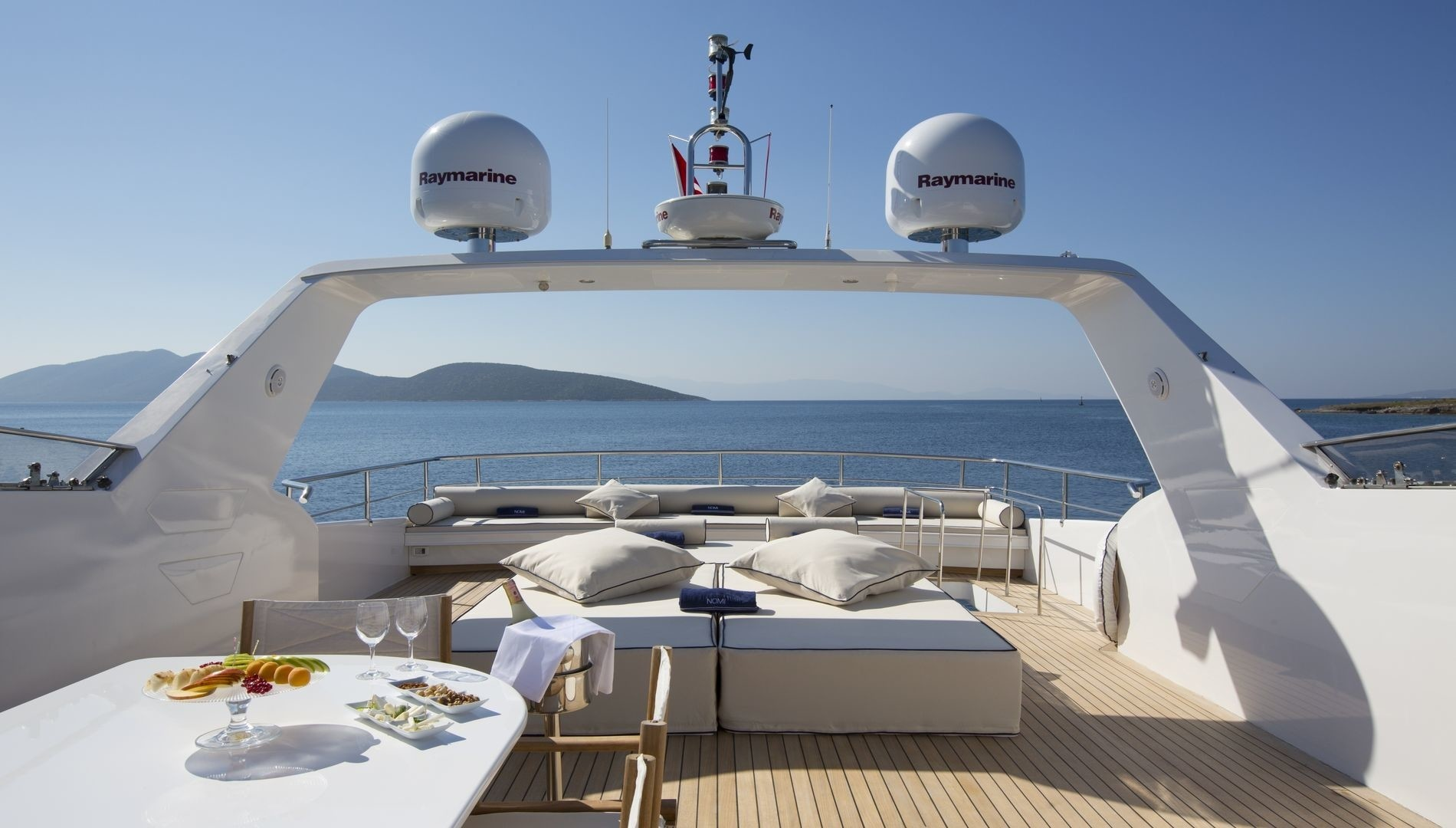The 31m Yacht NOMI