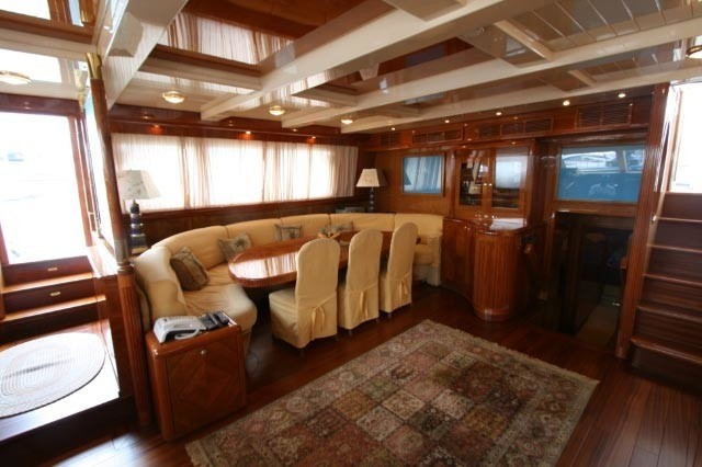 The 35m Yacht QUEEN SOUTH