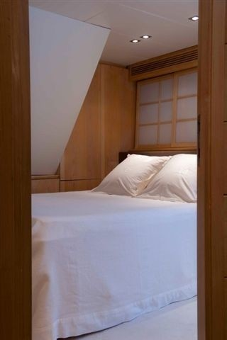 Double Sized Stateroom On Board Yacht PALM B