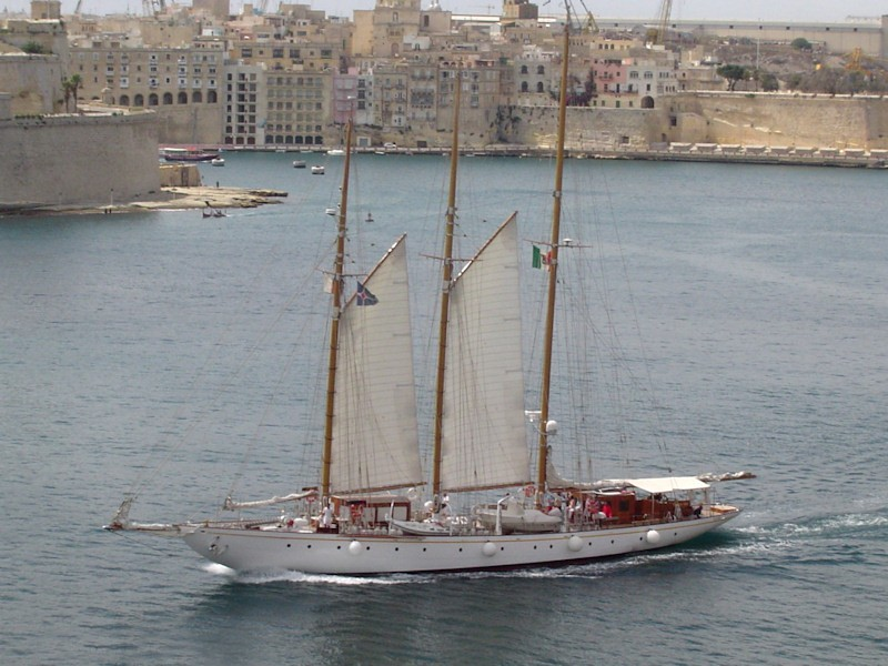 The 43m Yacht CROCE DEL SUD