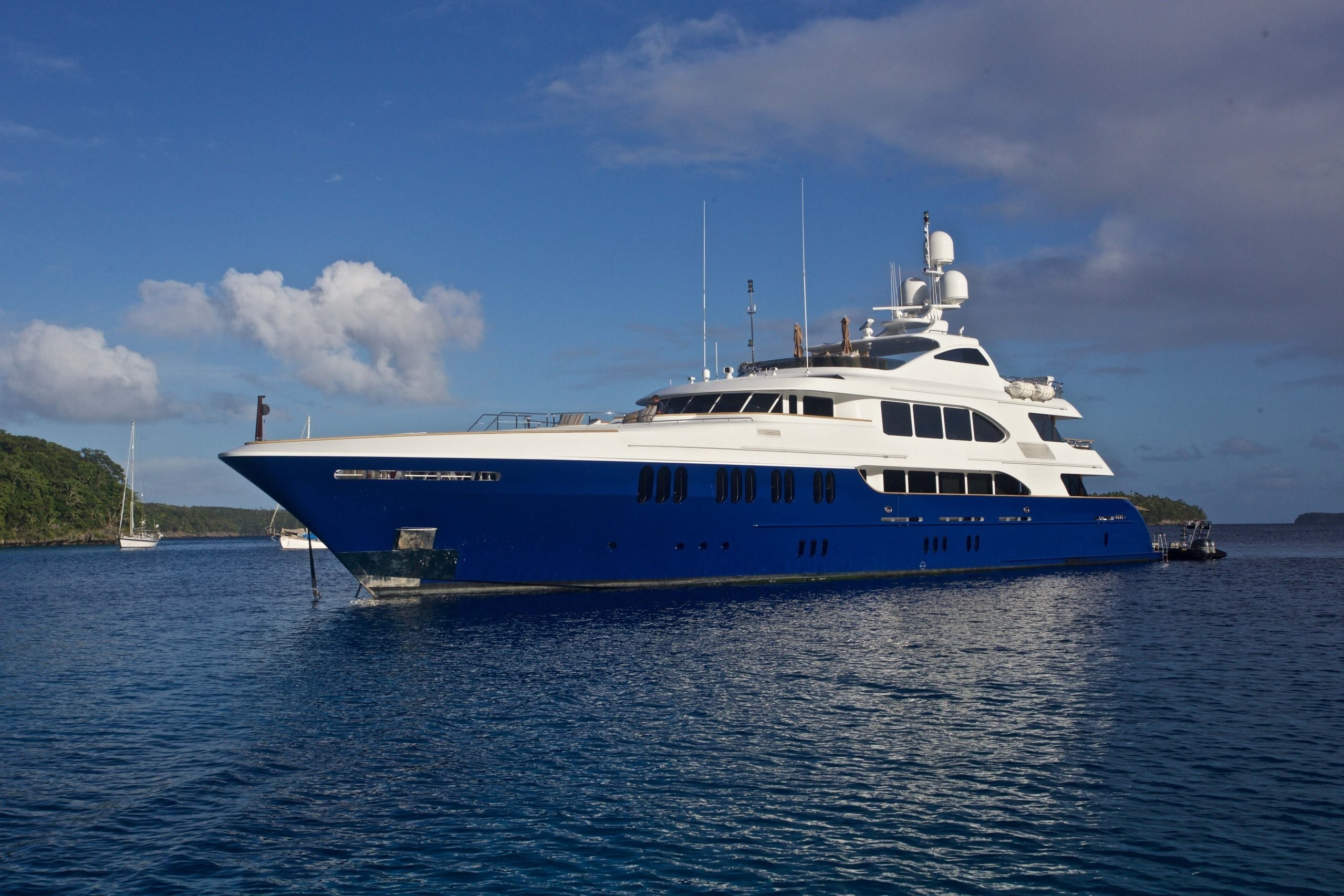 The 49m Yacht LA DEA II