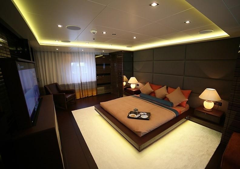 The 50m Yacht DUSUR