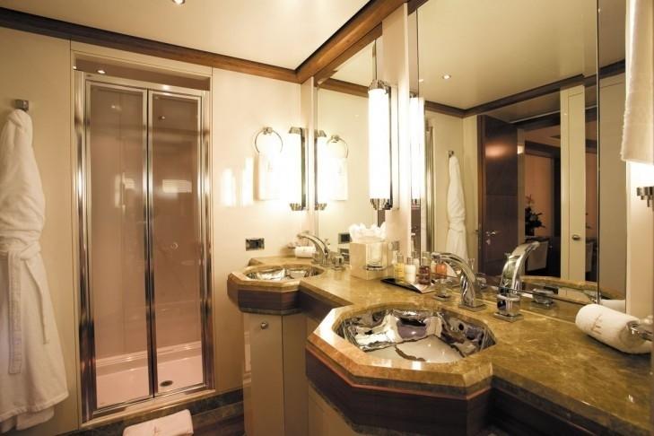 Guest's Bath Aboard Yacht LAZY Z