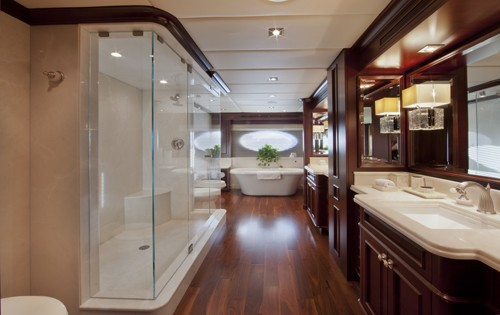 Main Master Bath On Board Yacht COCKTAILS