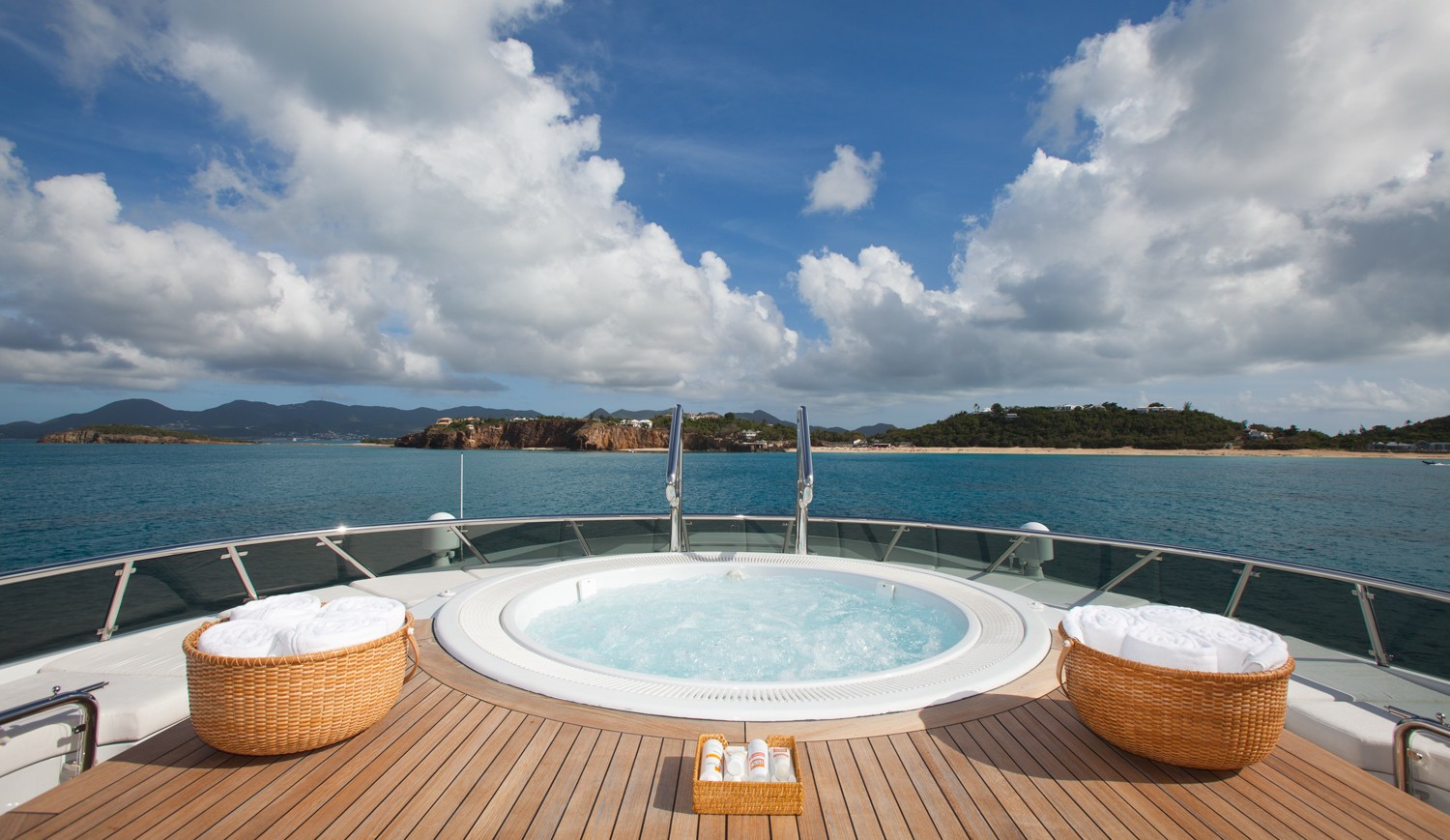 Jacuzzi Pool Fore On Board Yacht SUNRISE