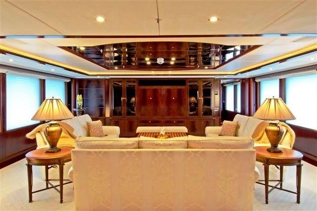Premier Saloon On Yacht NOBLE HOUSE