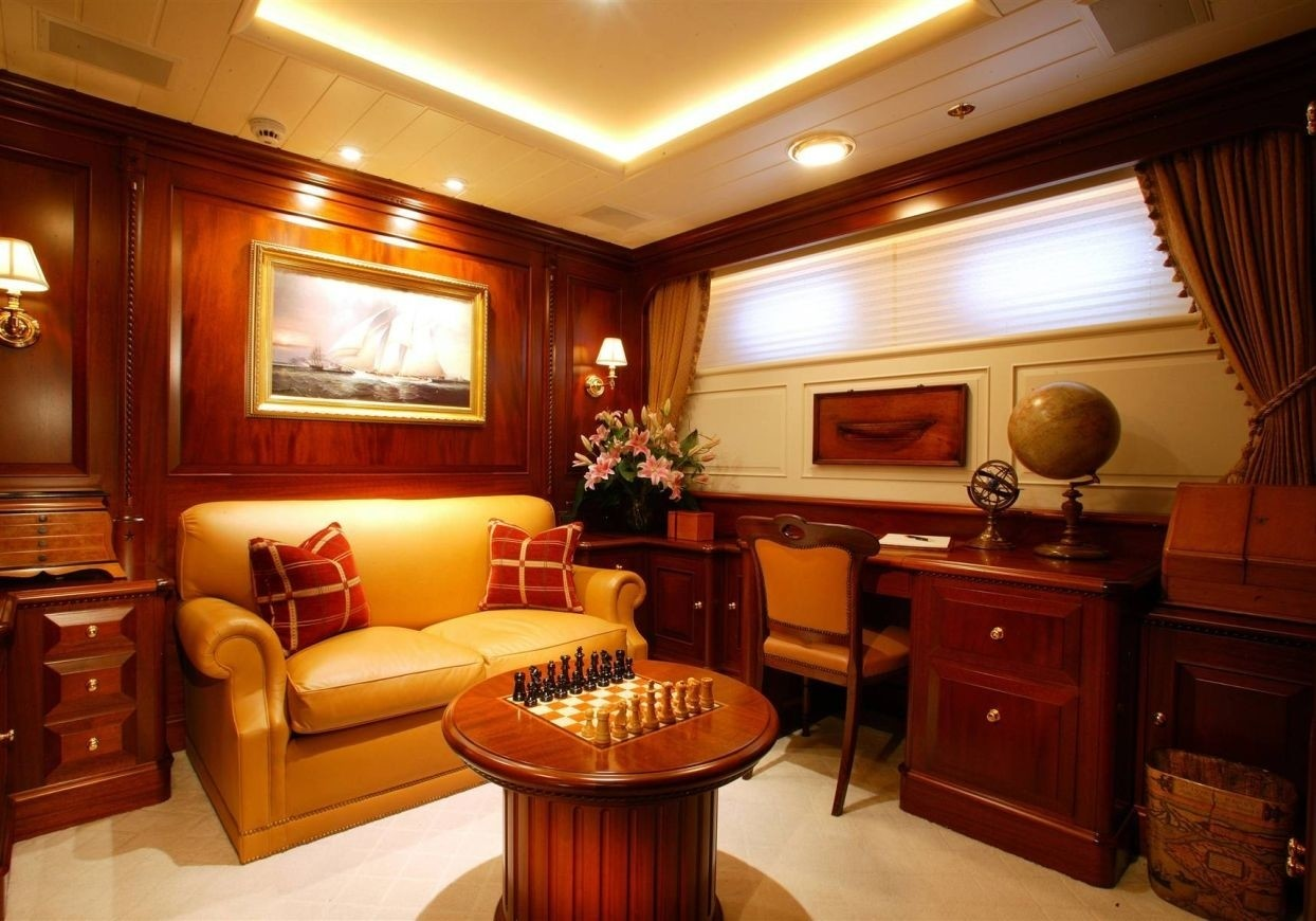 Personal Lounge On Yacht PARAFFIN