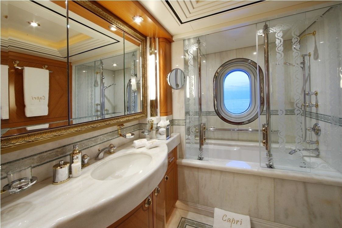 Guest's Twin Bed Bath On Yacht CAPRI