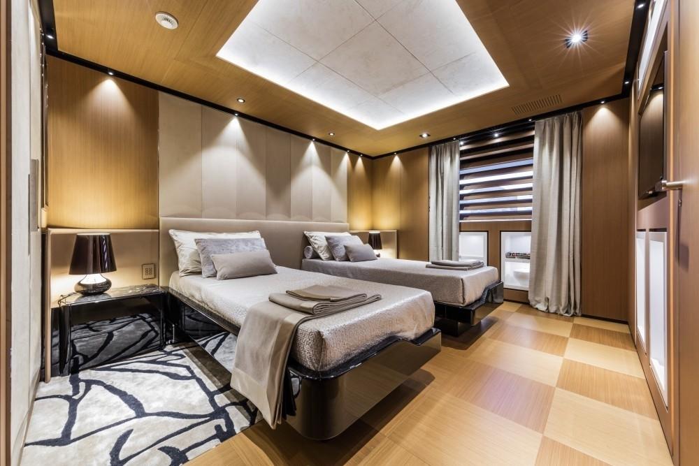 Twin Bed Cabin On Yacht SUERTE