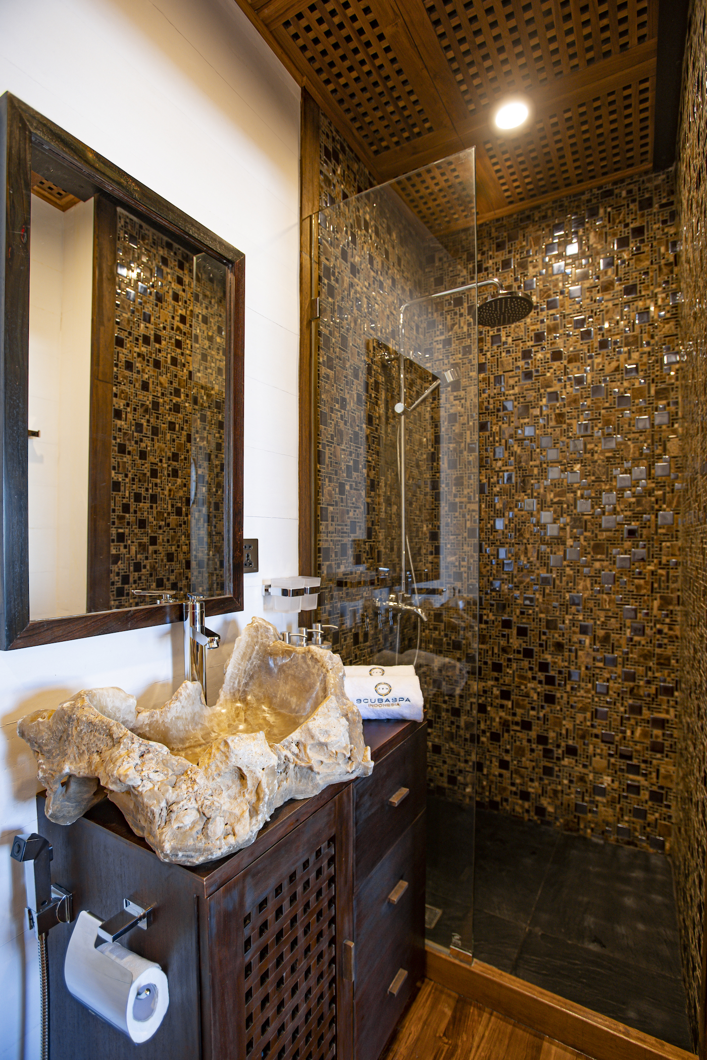 Cowrie Bathroom