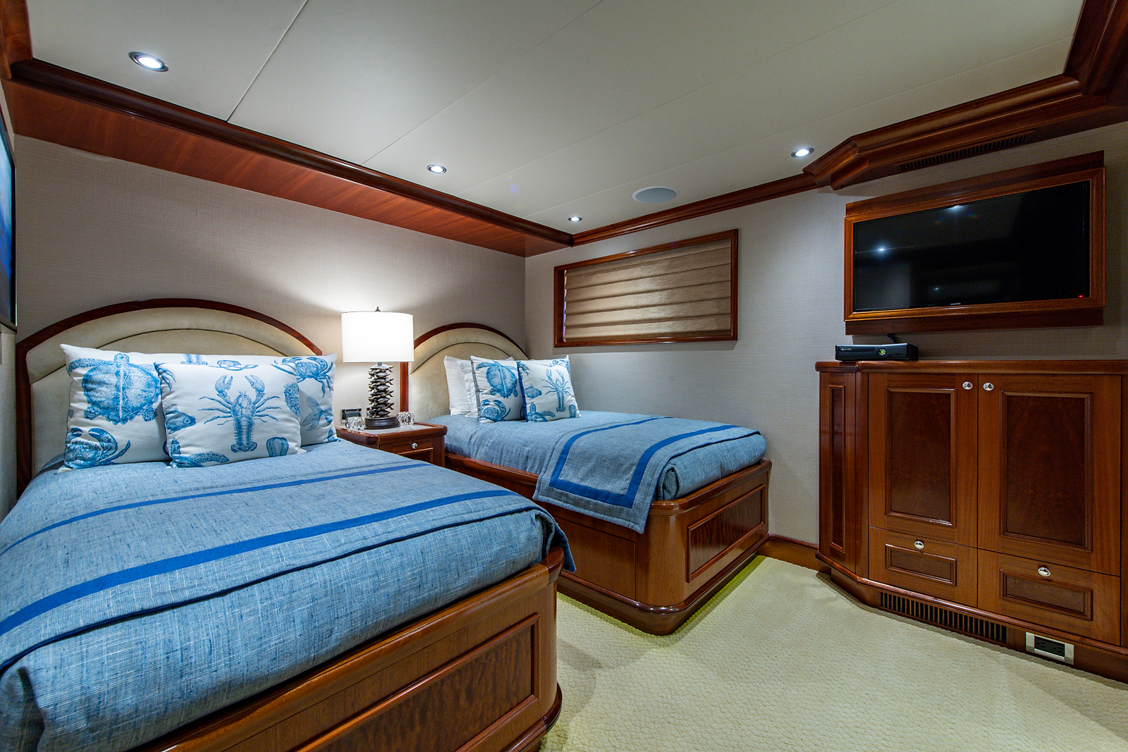 Forward Starboard Guest Stateroom