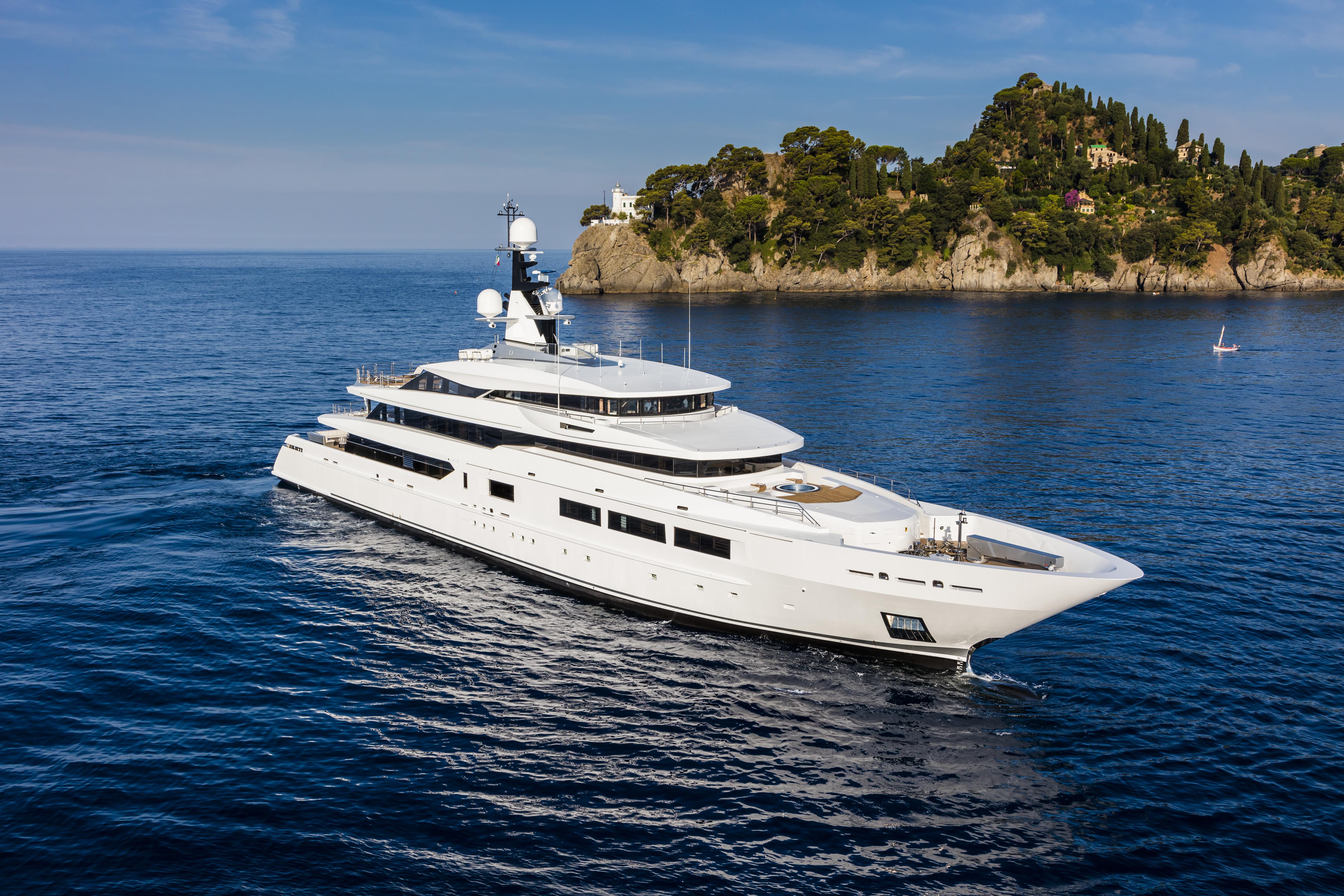 Tankoa Yachts 69 Metre Superyacht Suerte - Underway On The Riviera - Amalfi
