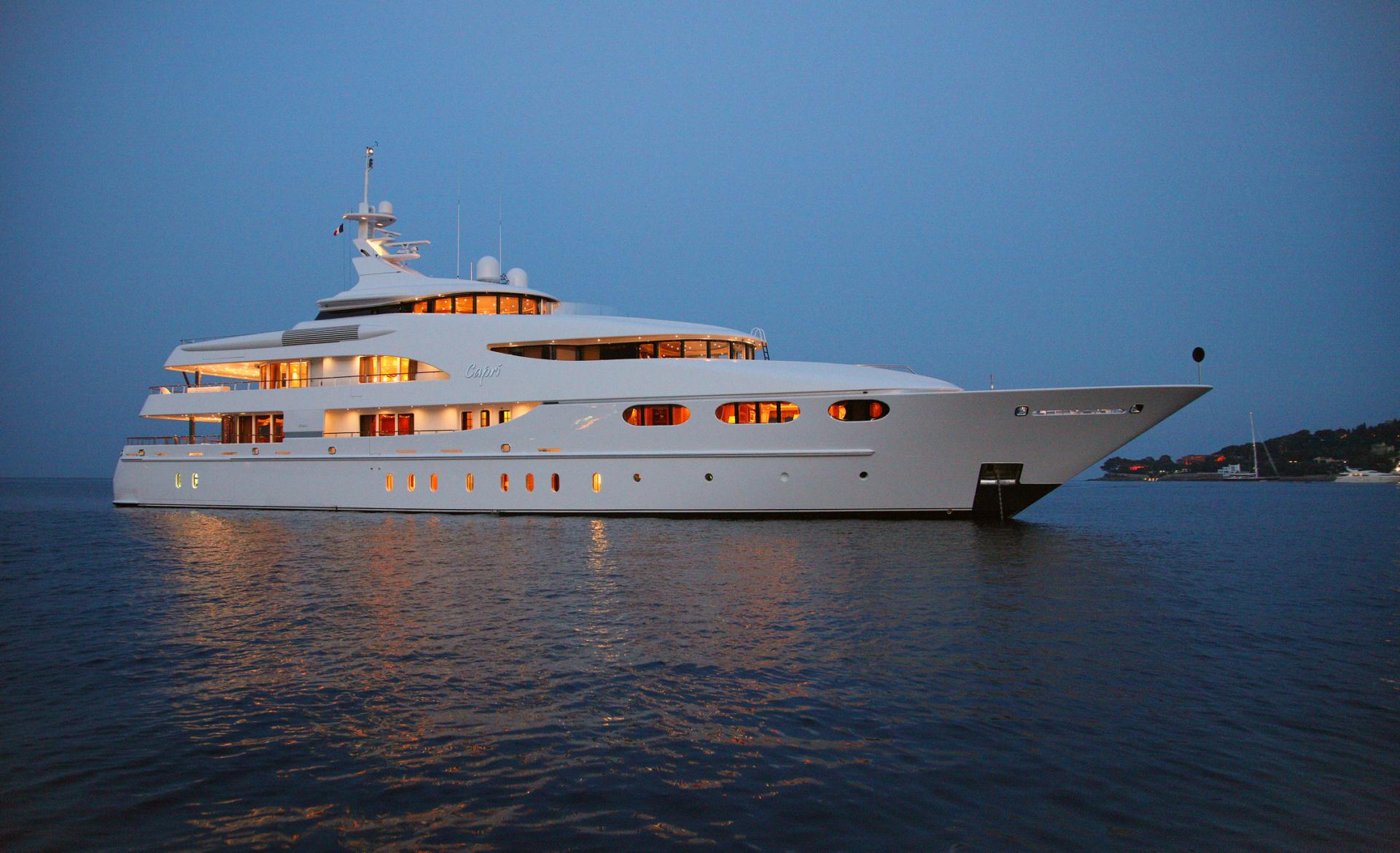 Yacht CAPRI By Lurssen - Evening