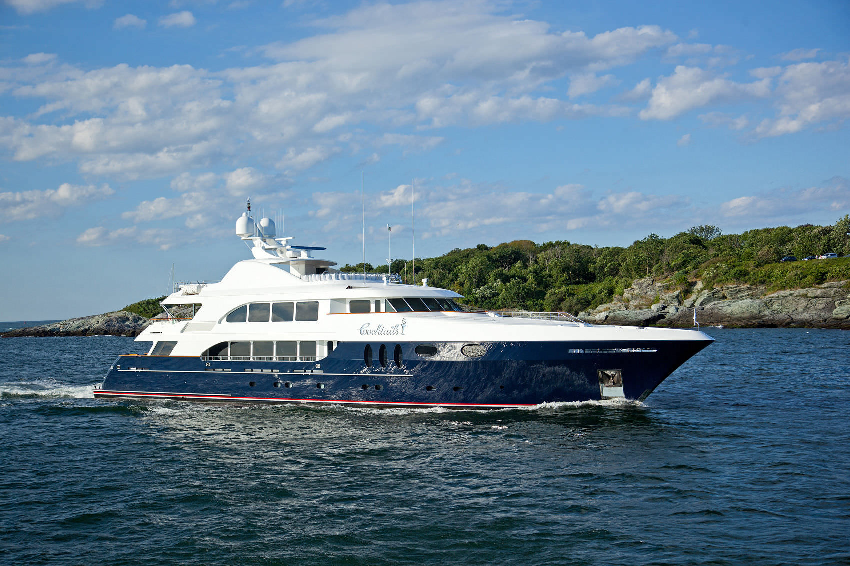 Yacht COCKTAILS - By Trinity Yachts - Profile