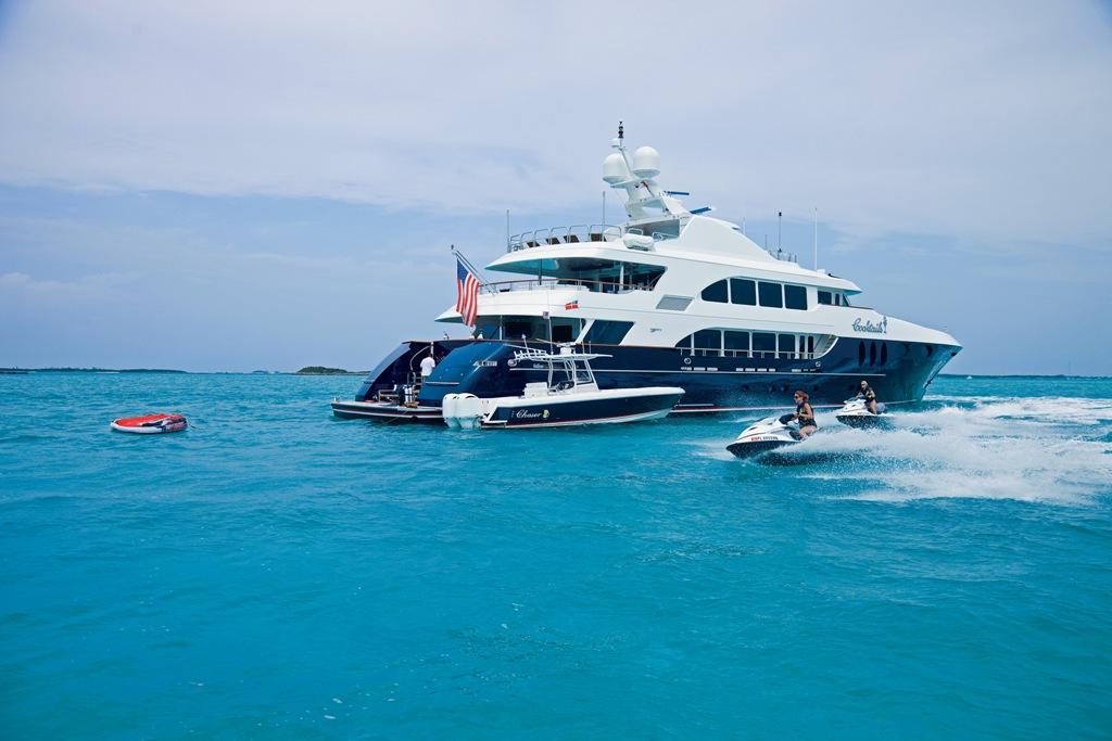 Yacht COCKTAILS - By Trinity Yachts - Jetskis