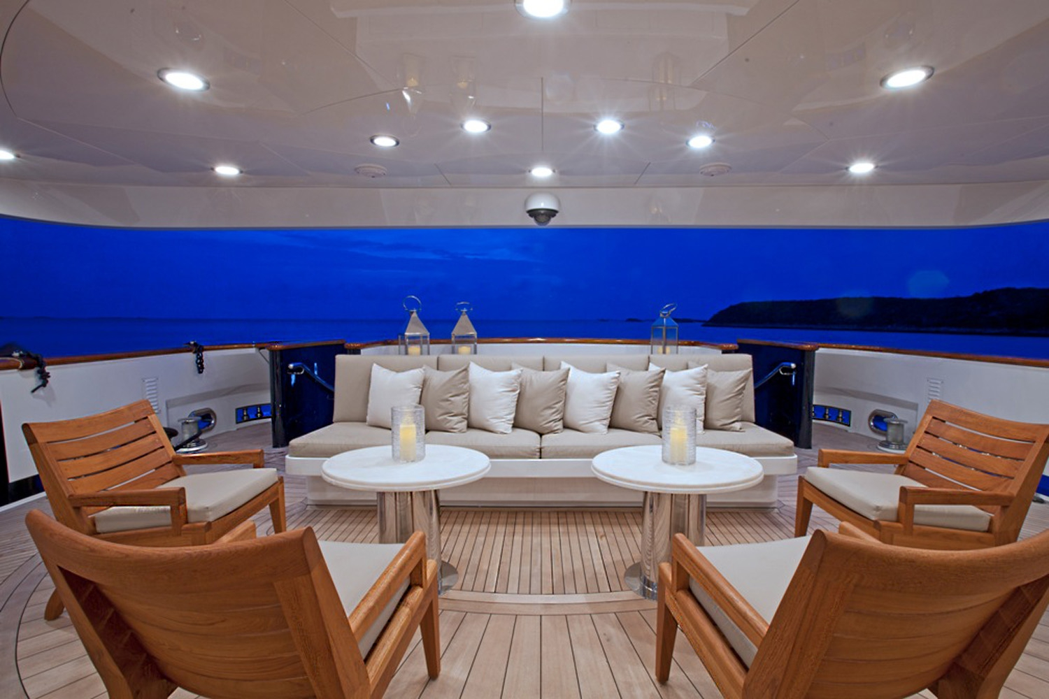 Yacht COCKTAILS - By Trinity Yachts Aft Deck Seating