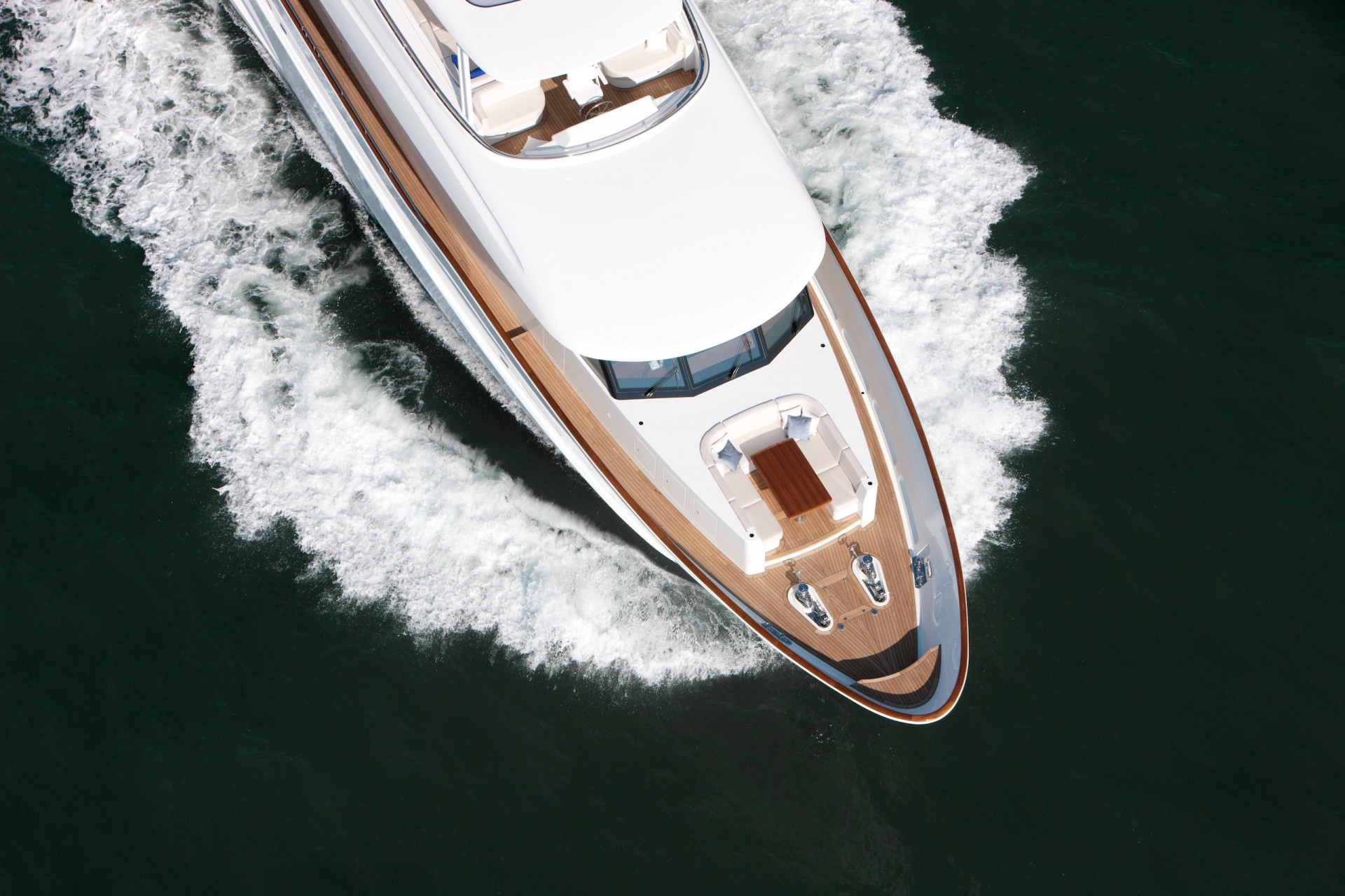 Yacht FIREFLY By Mulder - Foredeck