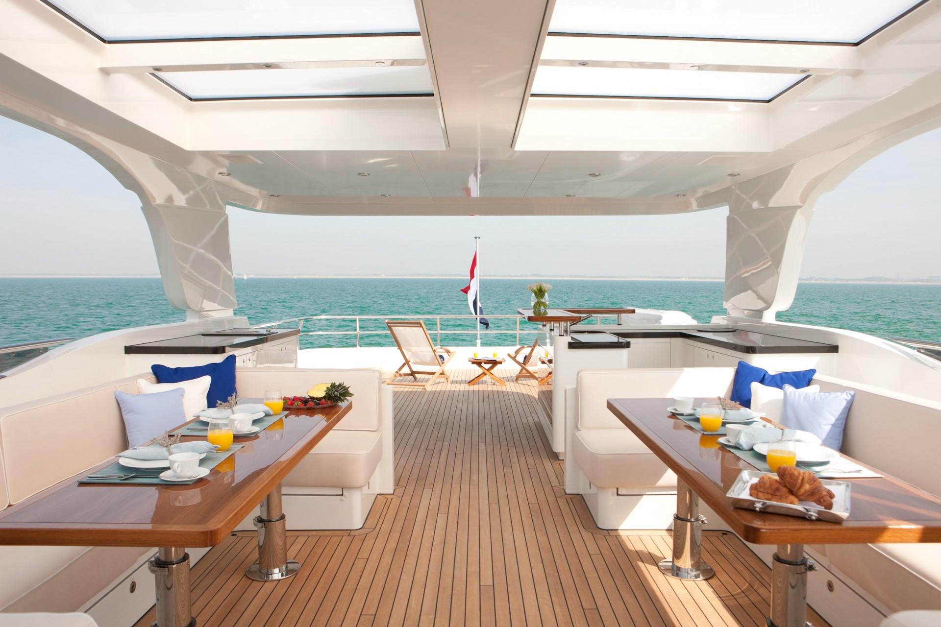 Yacht FIREFLY By Mulder - Sundeck
