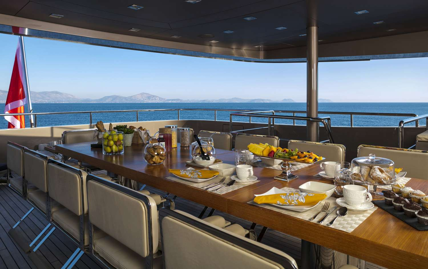 Yacht GEOSAND - Outside Dining