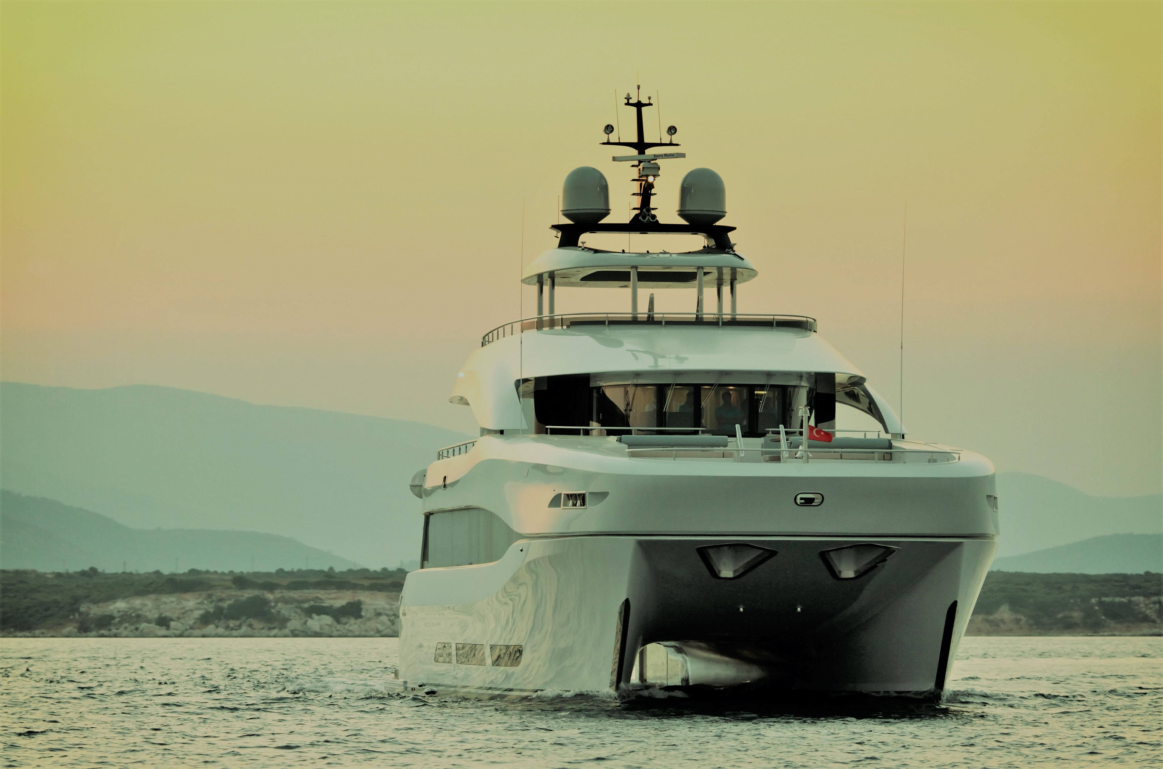 Yacht QUARANTA By Curvelle - Bow Underway