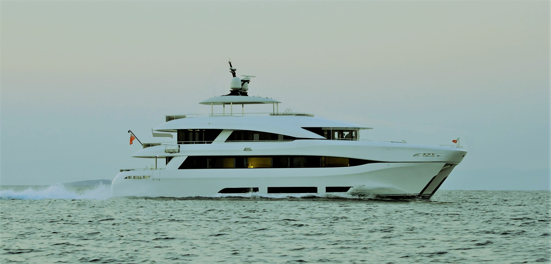 Yacht QUARANTA By Curvelle - Profile Underway