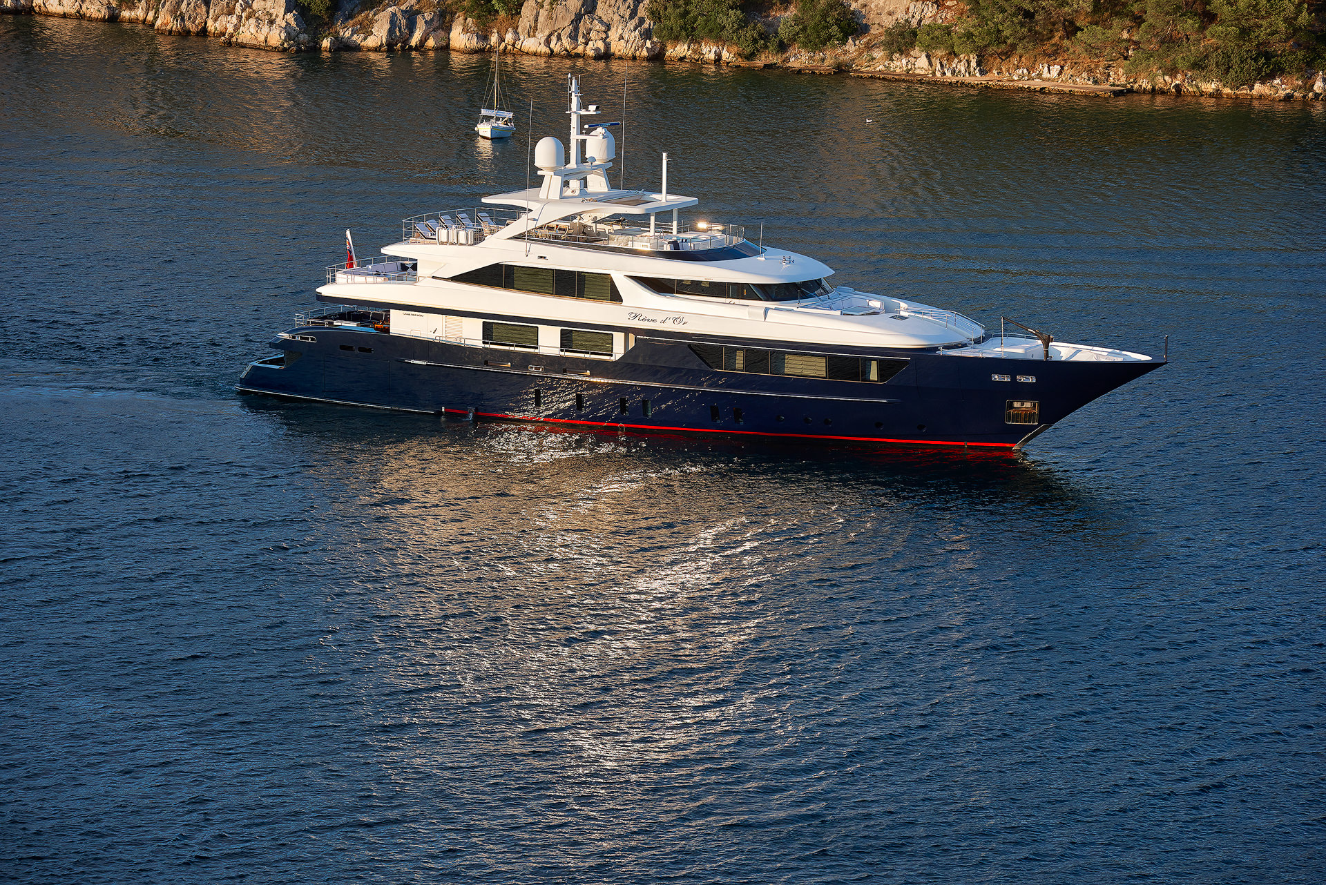 Yacht REVE D'OR By Sanlorenzo - Profile