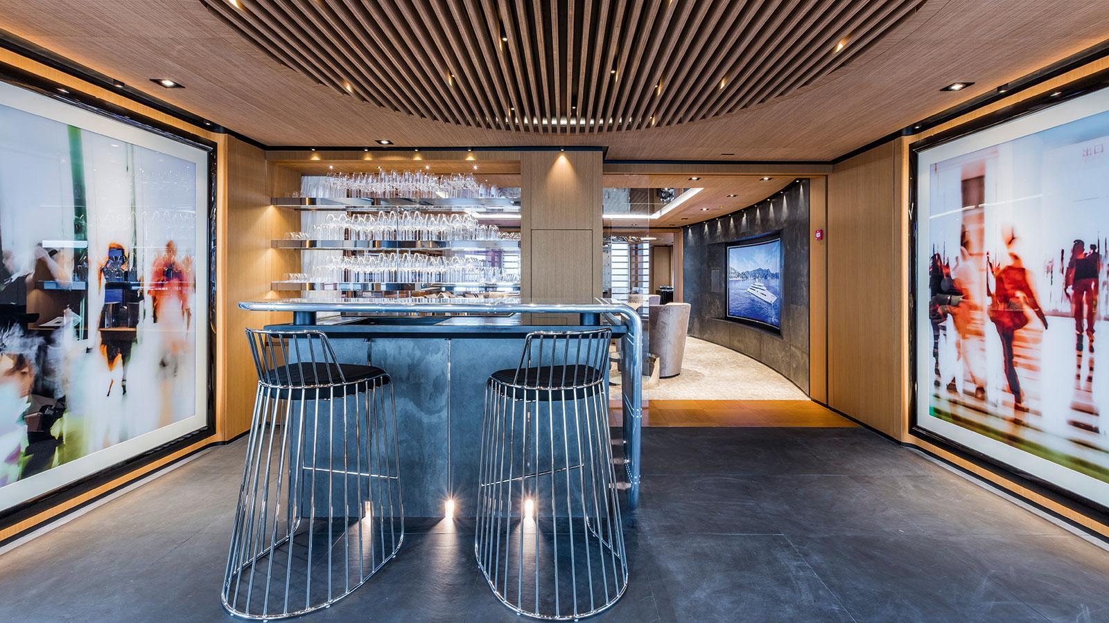 Yacht SUERTE - Bar