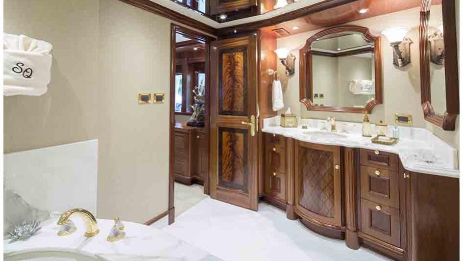 Ensuite Bathroom Is Very Spacious