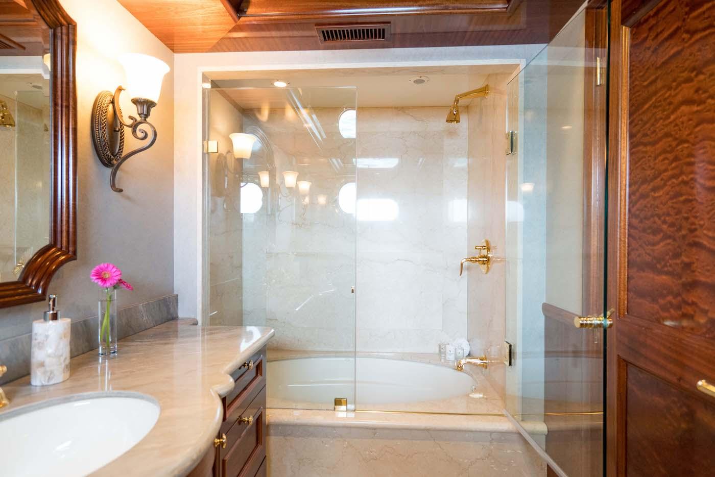 Guest Stateroom Starboard Bathroom