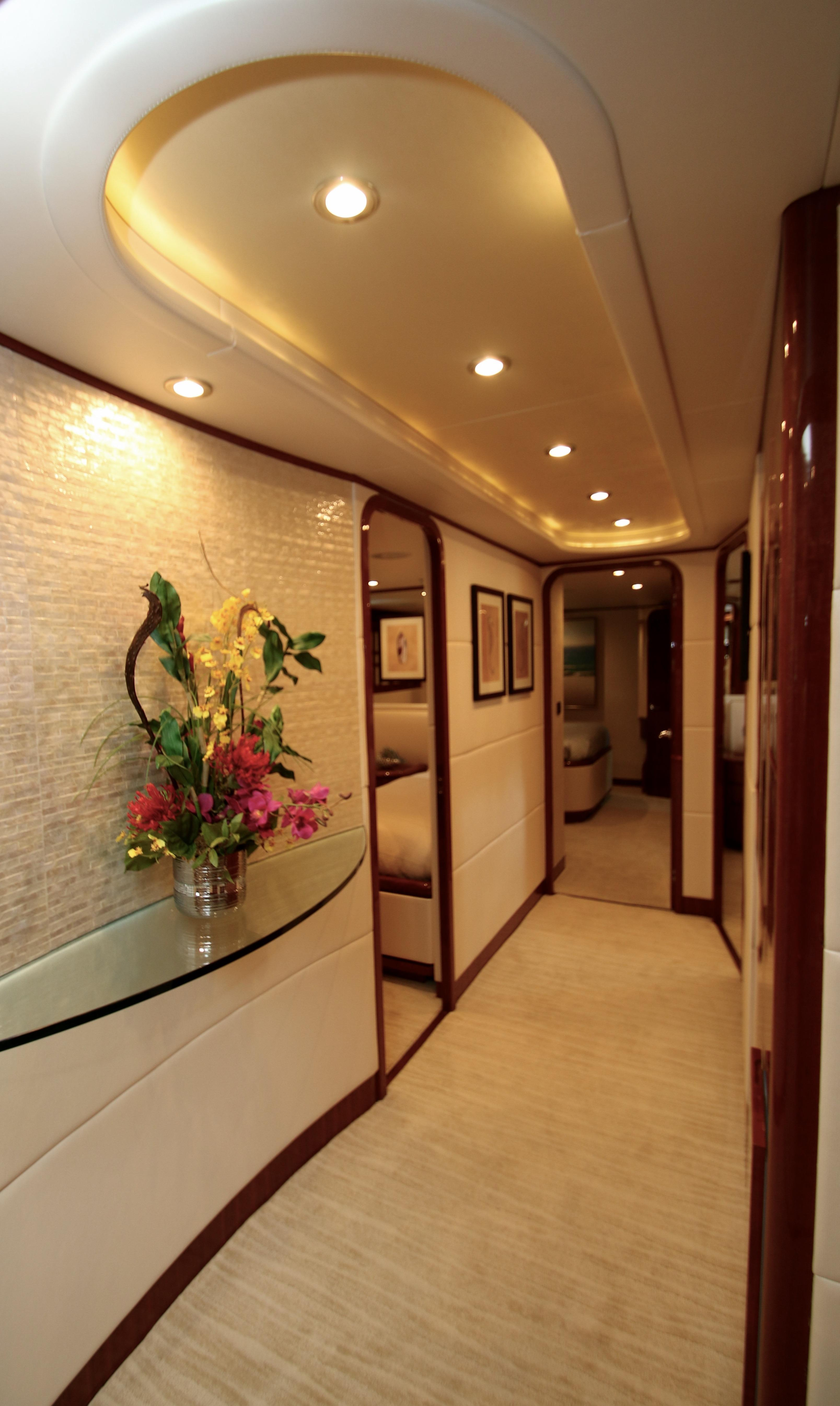 Luxury Yacht Engine Room: Cabins Image Gallery – Luxury Yacht Browser