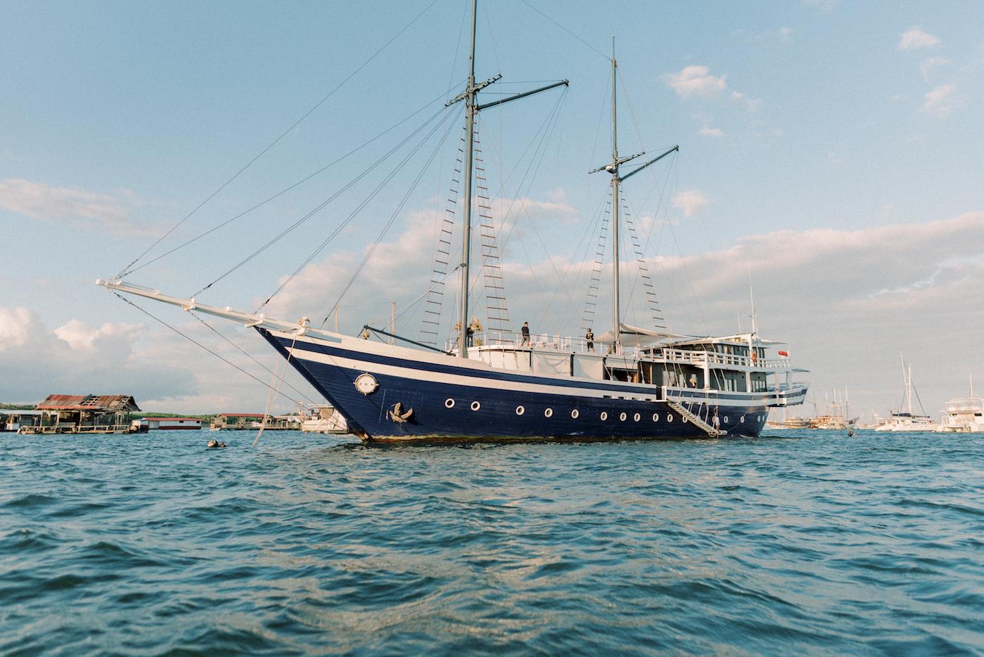 Luxury Yacht SCUBASPA ZEN IDONESIA