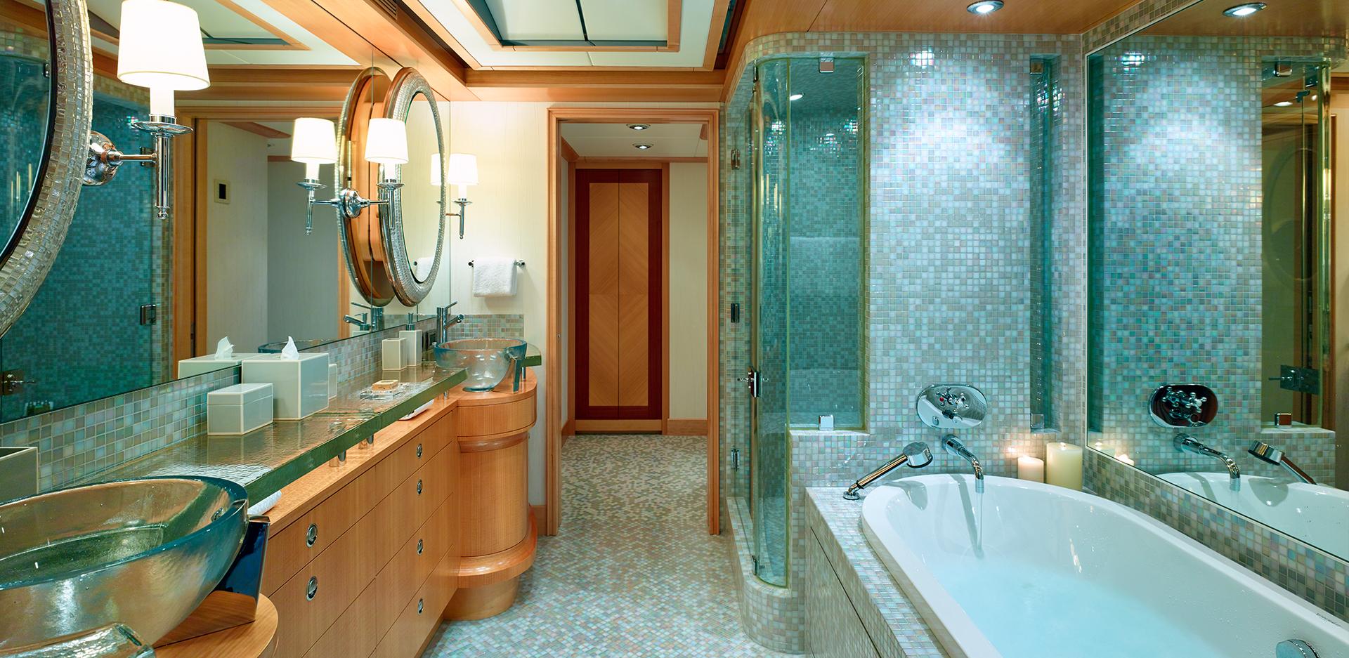 Owner Deck - Bathroom