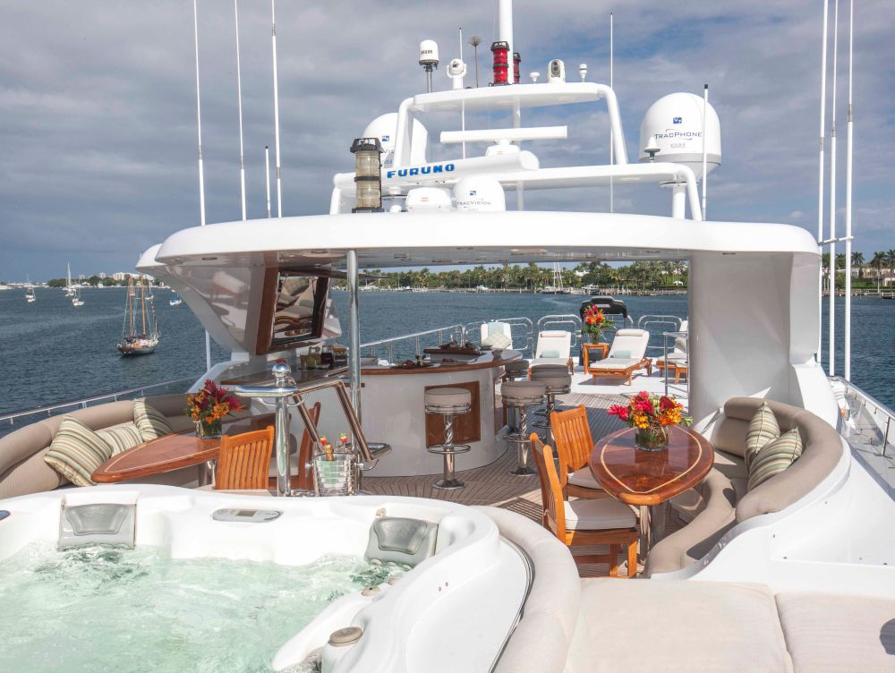 Particularly Spacious Sundeck Despite Featuring A Forward-facing Jacuzzi, Central Breakfast And Bar Areas And Sunbathing And Workout Space Aft
