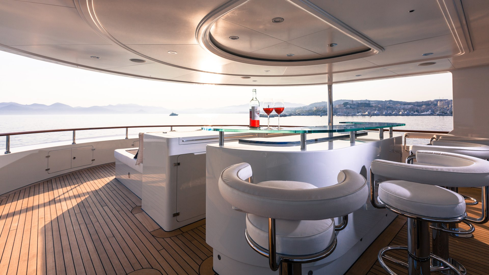 Yacht Pride deck with bar