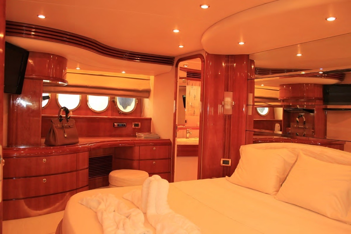 The 21m Yacht LOULOU