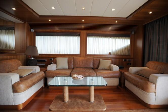 The 23m Yacht HAPPY FEET