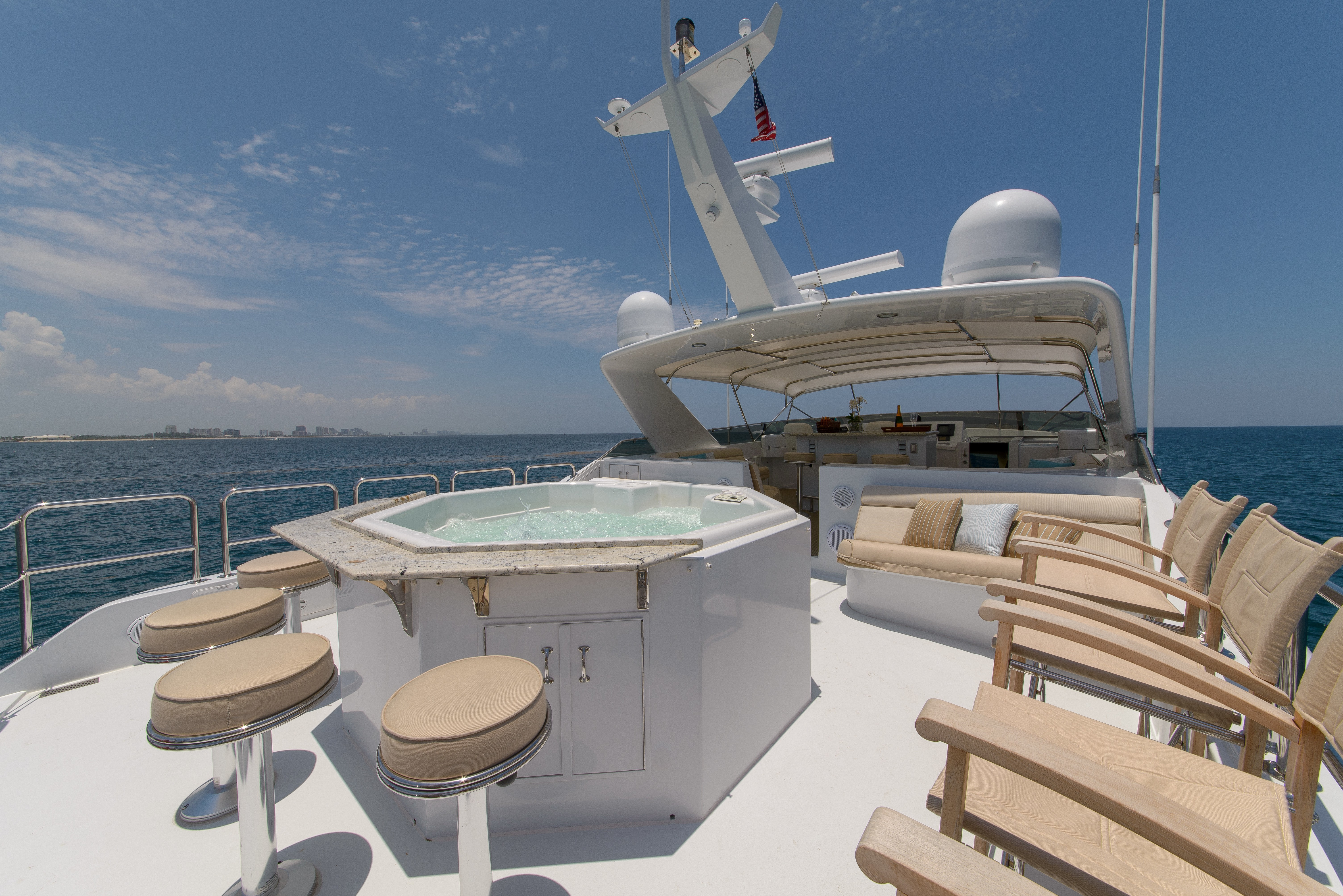 The 25m Yacht PERFECT LADY