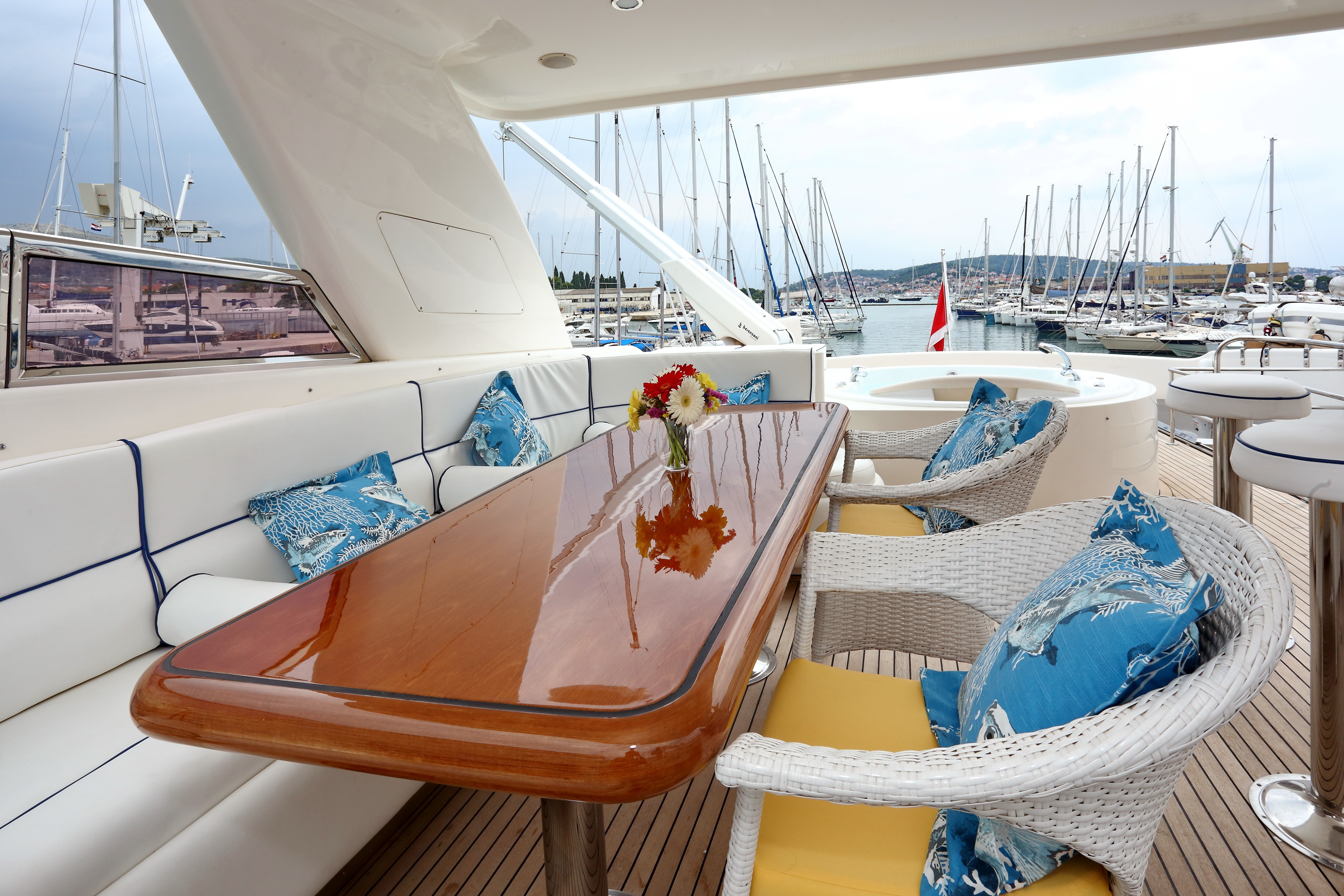 The 27m Yacht LADY MARCELLE