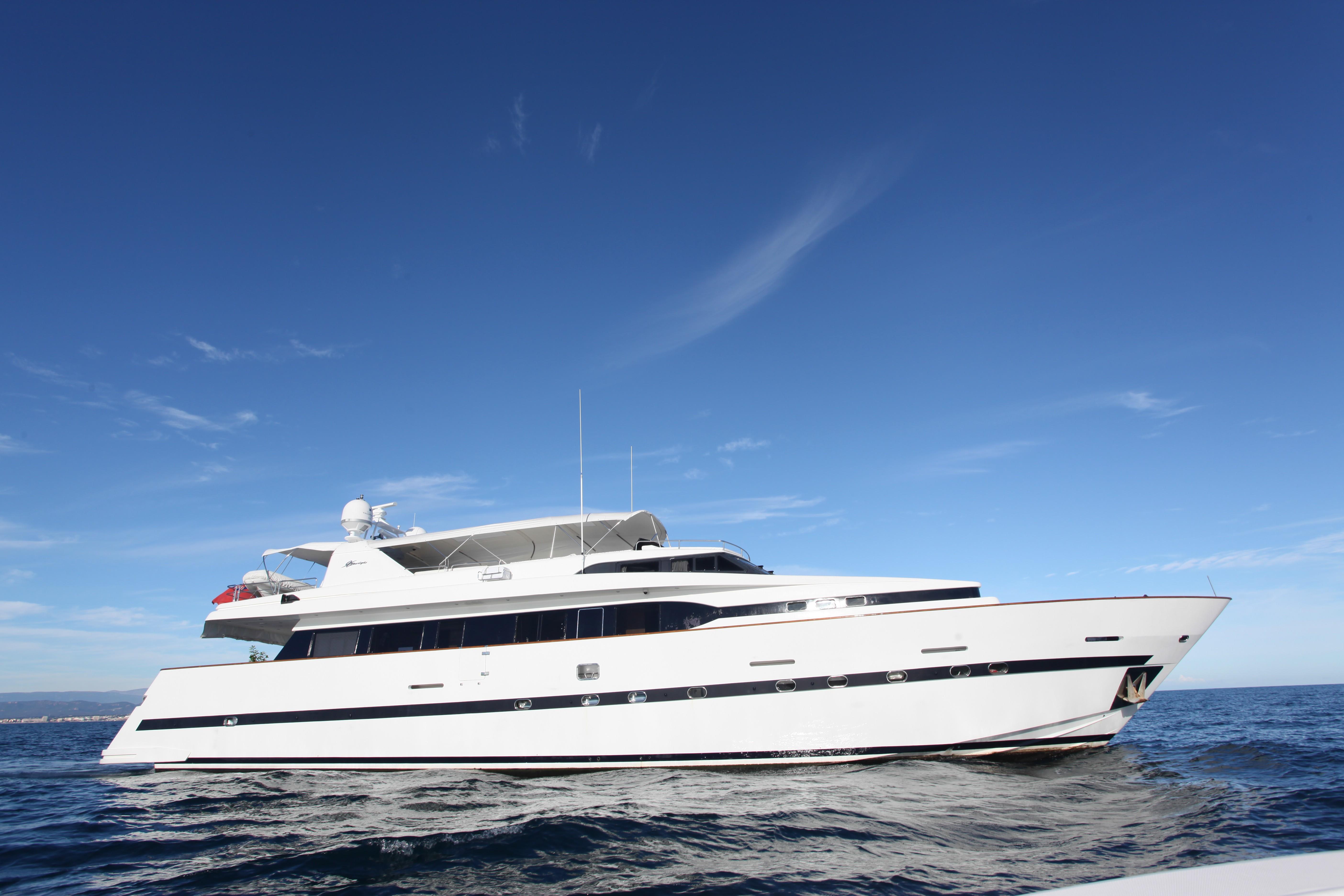 moondance yacht charter details  azimut charterworld cream leather sofas uk cream leather sofas and chairs