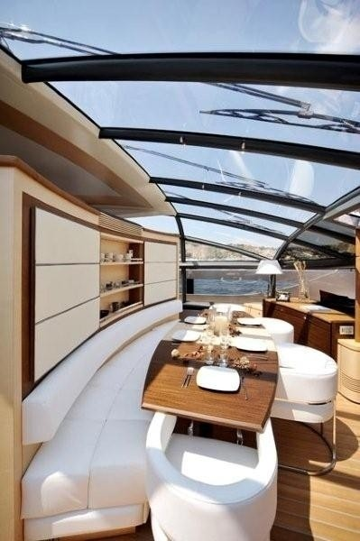 The 31m Yacht ASTRO
